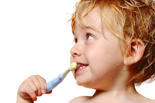 歯磨き粉でホワイトニング!自宅で出来る方法はこれだ!